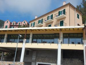 Albergo Holiday - AbcAlberghi.com