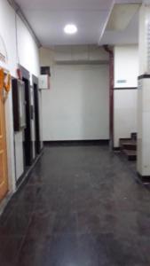 Med Mid Town Apt, Apartmány  Bombaj - big - 49