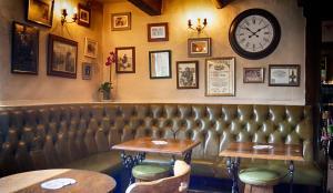 The Red Lion Inn, Inns  Holmfirth - big - 27
