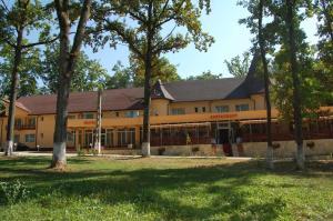 Hotel Doua Veverite