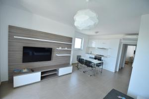 Apartments Lofiel, Apartmány  Novalja - big - 87
