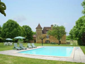 Maison De Vacances - Besse 1, Nyaralók  Saint-Pompont - big - 1