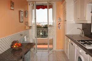 L'epsom, Apartmanok  Cagnes-sur-Mer - big - 14