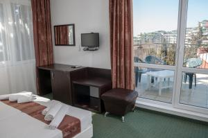 Family Hotel Asai, Hotels  Ravda - big - 11