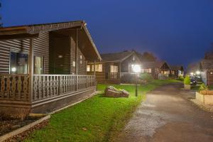 Pine Lake By Diamond Resorts, Resorts  Carnforth - big - 42