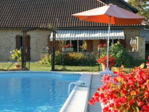 Maison De Vacances - Besse 2, Nyaralók  Saint-Pompont - big - 11