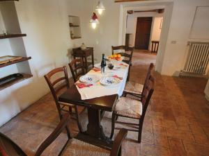 Casa Foro, Case vacanze  Montecastrilli - big - 8