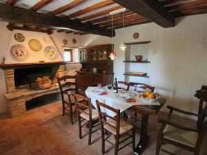Casa Foro, Case vacanze  Montecastrilli - big - 7