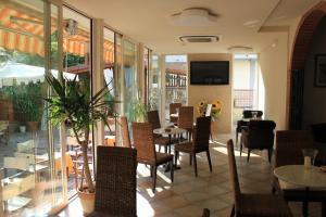 Hotel Euromar, Hotely  Marina di Massa - big - 37