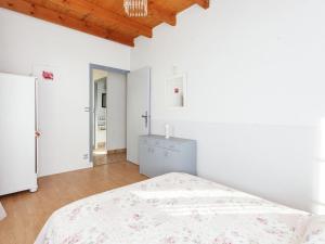 St Caprais, Ferienhäuser  Villefranche-du-Périgord - big - 10