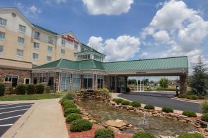 Hilton Garden Inn Clarksville, Отели  Кларксвилл - big - 29