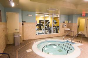 Hilton Garden Inn Clarksville, Hotels  Clarksville - big - 27