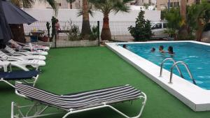 Apartamentos Ocaña, Apartments  Cala de Finestrat - big - 53