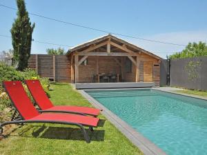 Gîte Grange, Villen  Touffailles - big - 28