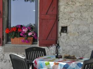 Gîte Nature, Holiday homes  Touffailles - big - 20