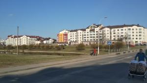Apartment 24dom Teplichnaya 1, Apartmanok  Minszk - big - 24
