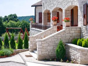 Villa Vernier, Виллы  Tinjan - big - 29