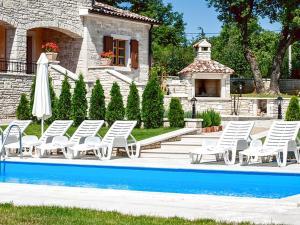 Villa Vernier, Виллы  Tinjan - big - 9