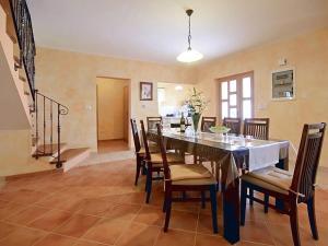 Villa Vernier, Виллы  Tinjan - big - 2