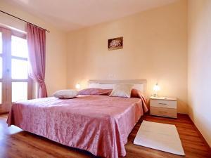 Villa Vernier, Виллы  Tinjan - big - 23