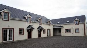 Skellig Ring House (budget accommodation)