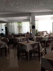 Angela Hotel, Hotely  Agia Marina Aegina - big - 126