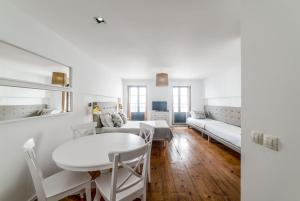 Comercio do Porto by Oporto Tourist Apartments, Apartmány  Porto - big - 24