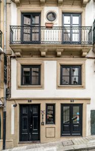 Comercio do Porto by Oporto Tourist Apartments, Apartmány  Porto - big - 1
