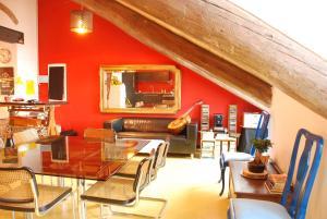 Attic Hostel Torino - AbcAlberghi.com