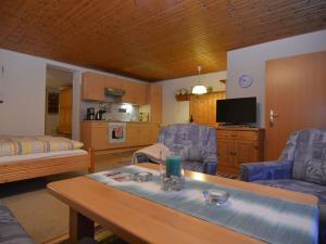 Apartment Bayerwald 3, Ferienwohnungen  Breitenberg - big - 6