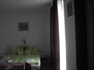 Kis Apartmanház, Apartmány  Hévíz - big - 11