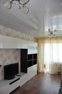 Apartment na Elizarovykh 45, Apartmanok  Tomszk - big - 11
