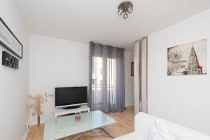 Studio avec parking et balcon aux Argoulets, Apartmány  Toulouse - big - 2