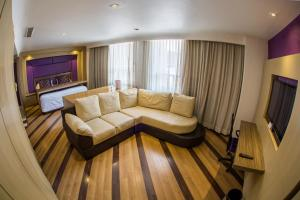 Executive King Room with Private Office