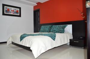 Hotel Palace Sharlet, Hotel  Ambato - big - 1