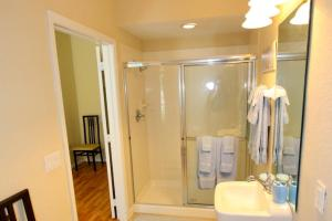 5075 Viz Cay, Apartments  Orlando - big - 5