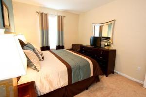 7664 Windsor Hills, Apartmanok  Orlando - big - 11