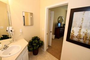 7664 Windsor Hills, Apartmanok  Orlando - big - 4