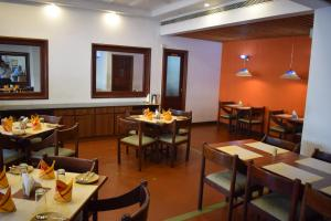 Abad Metro, Hotels  Cochin - big - 47