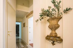 Trastevere Royal Suite, Guest houses  Rome - big - 40