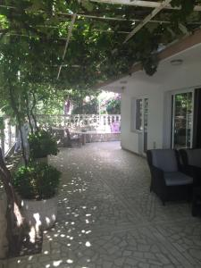 Apartments and Rooms Villa Gaga 2, Bed & Breakfast  Budua - big - 57