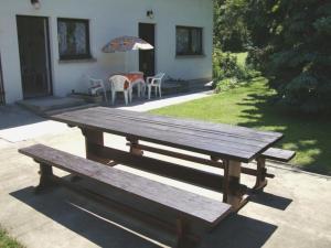 Gyöngyvirág Vendégház, Ferienwohnungen  Balatonboglár - big - 9