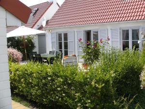 Sea Side 45, Dovolenkové domy  De Haan - big - 38