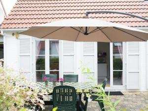 Sea Side 45, Dovolenkové domy  De Haan - big - 22