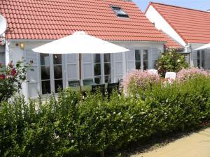 Sea Side 45, Dovolenkové domy  De Haan - big - 19