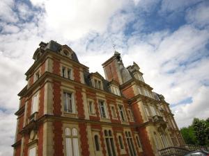 Tour Sud, Дома для отпуска  Ocquerre - big - 35