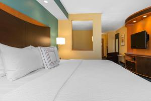 Fairfield Inn & Suites St. Cloud, Szállodák  Saint Cloud - big - 6