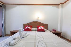 ZEN Rooms Karon Hill