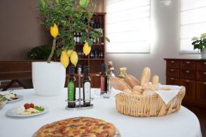 Hotel Cavaliere, Hotels  Noci - big - 31