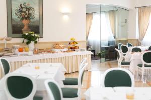 Hotel Cavaliere, Hotels  Noci - big - 23